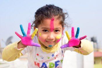 Nuôi dưỡng niềm yêu thích khám phá, sáng tạo của trẻ.