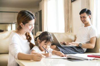 So sánh phương pháp Montessori và Reggio Emilia khác nhau như thế nào